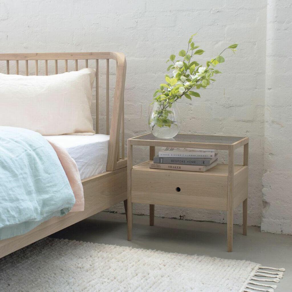 Spindle Bed - Oak & Spindle Bedside table - Oak