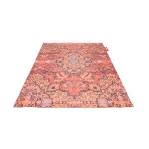 Non flying carpet - Paprika
