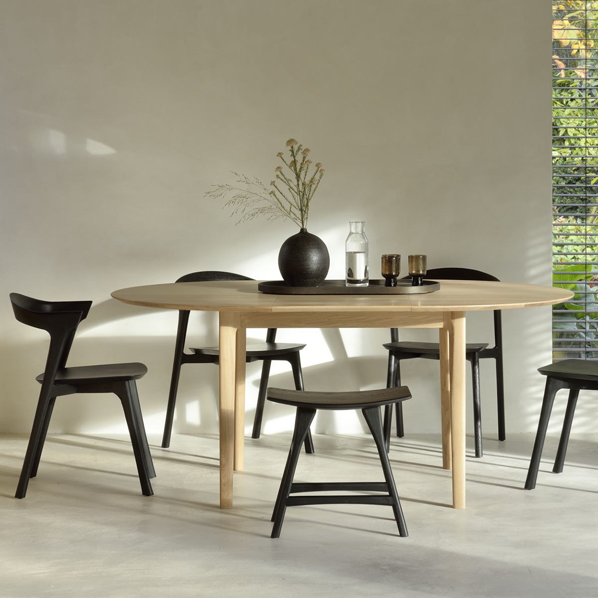 Bok Round Extendable Dining table - Oak, Bok black Chair - Oak, Osso Black Stool - Oak
