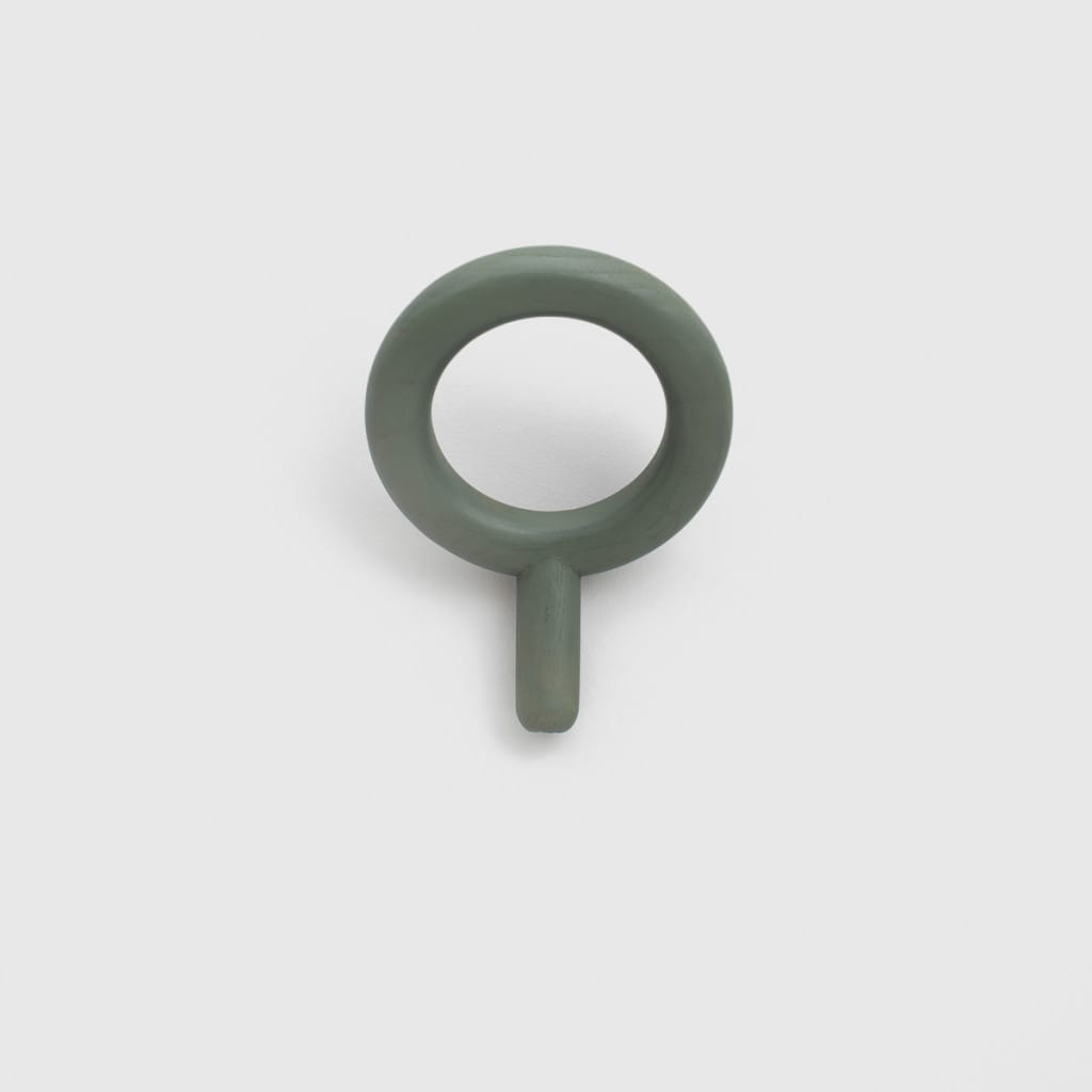 Oblo coat hanger dusty green