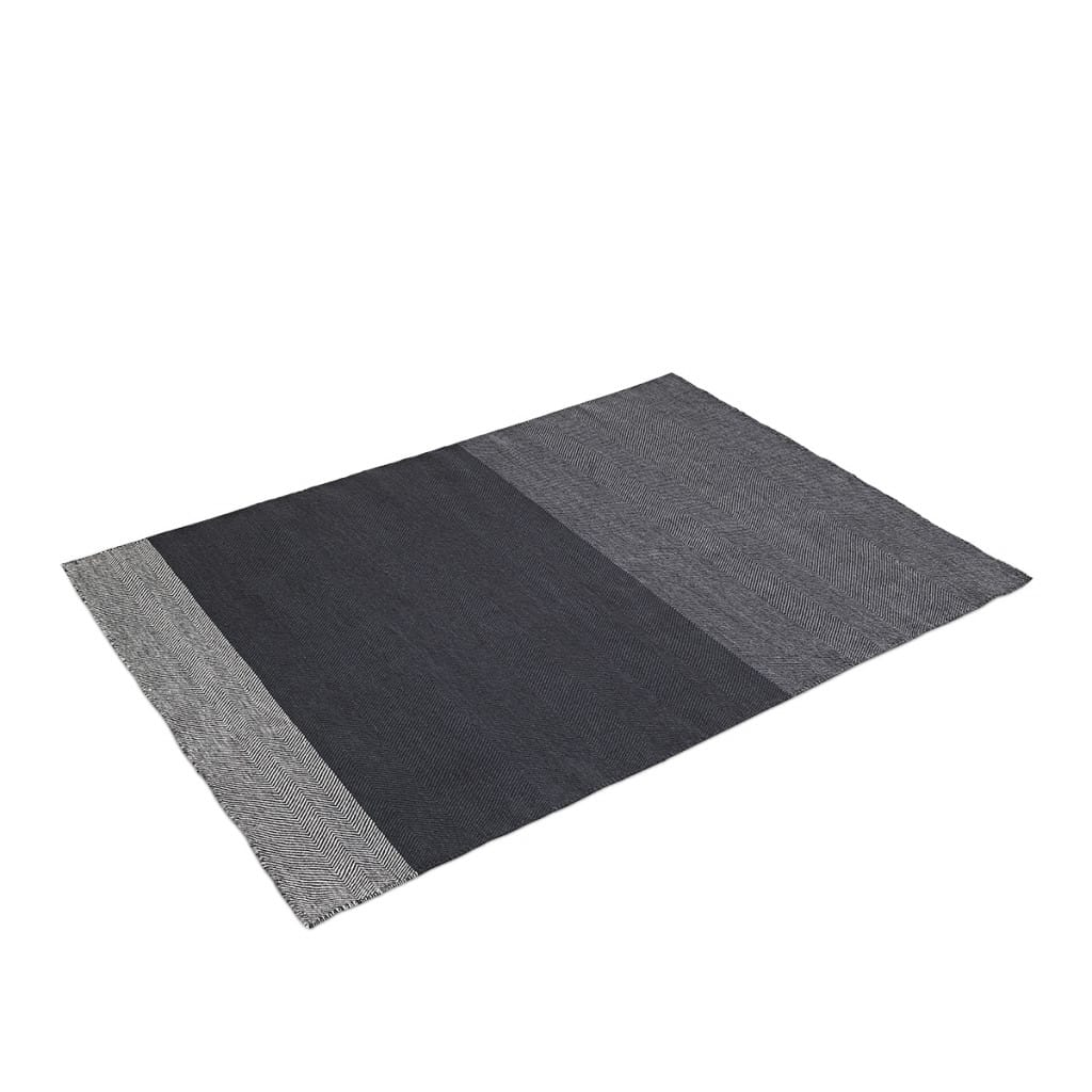 Varjo Rug - Dark Grey